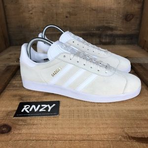 NEW Adidas Suede Gazelle Cream White